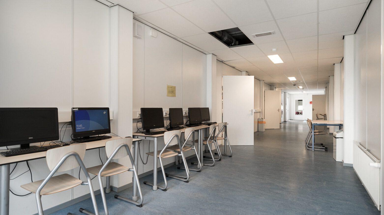 Schoolgebouw 08