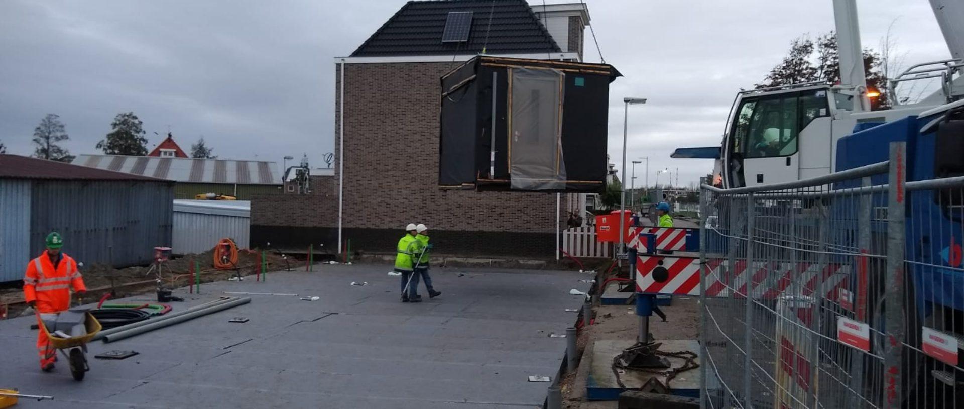 Nieuws Eerste woningen geplaatst aan kanaaldijk in purmerend wonen woning