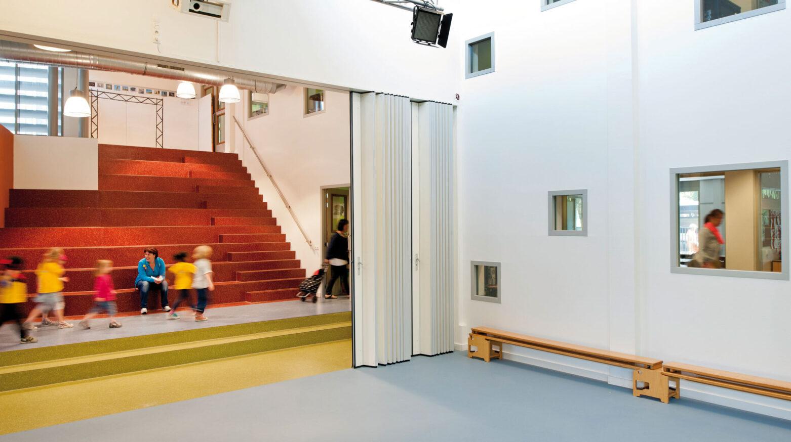 Kindcentrum oirschot trap met kids3