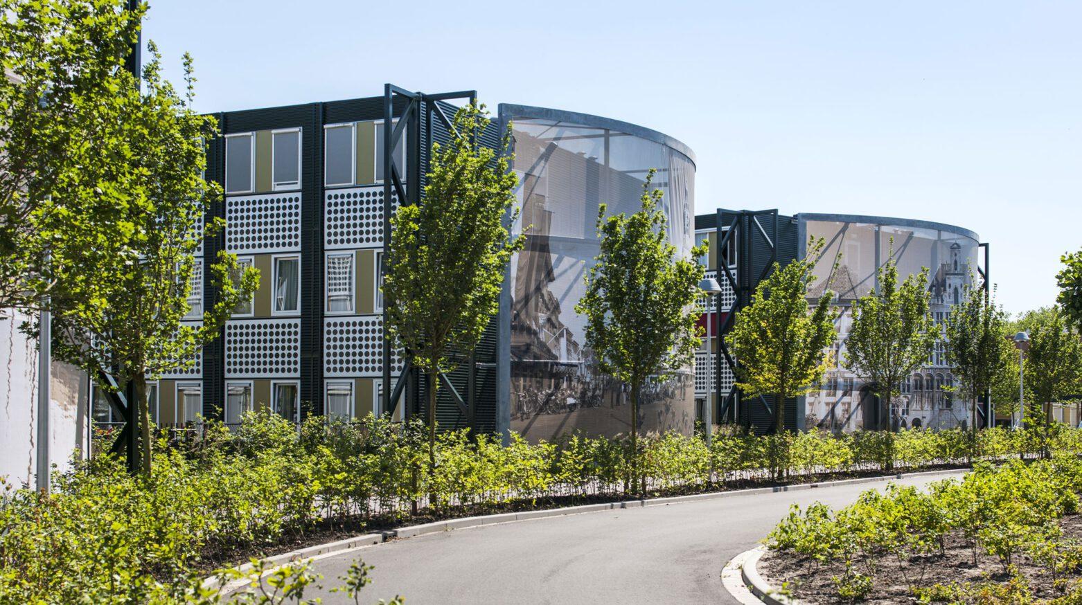 Tantelouise vivensis buitenzijde gebouw