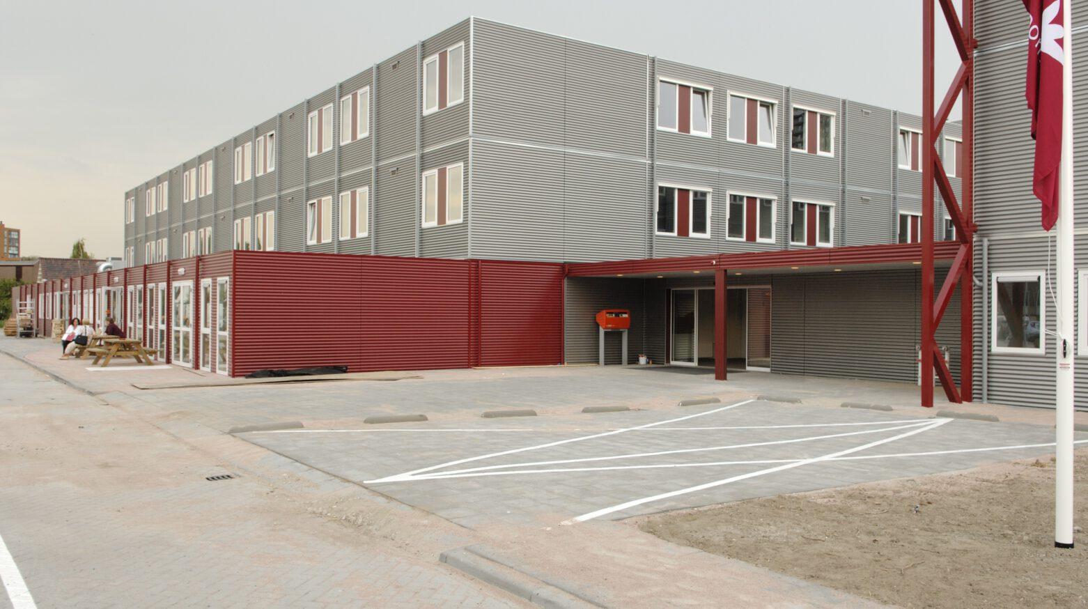 MW11 455
